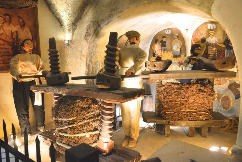 Μουσείο Οίνου Κουτσογιαννόπουλου - Σαντορίνη