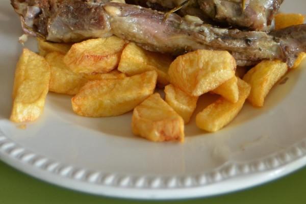 Τηγανιτές ναξιώτικες πατάτες