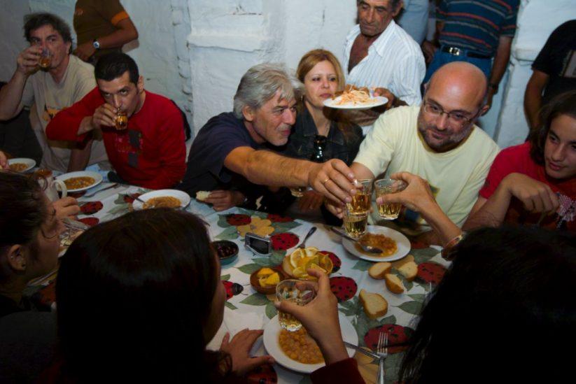 Πανηγύρι Προφήτη Ηλία στη Σίφνο - Greek Gastronomy Guide