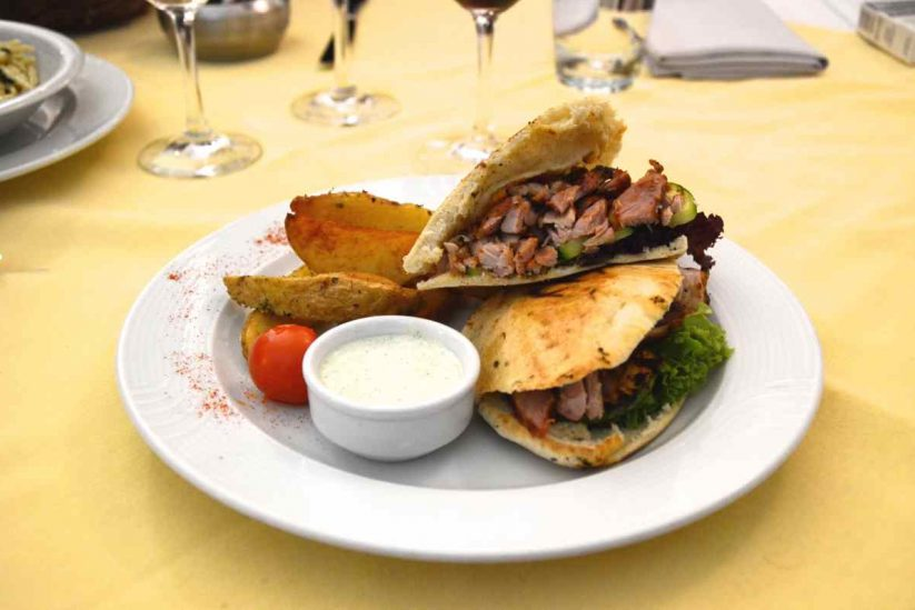 Εστιατόριο Selene Meze & Wine Σαντορίνη