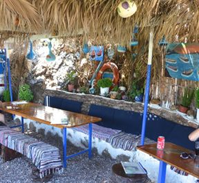 Η καντίνα στο Λιβάδι των Καλογήρων - Πάτμος - Greek Gastronomy Guide