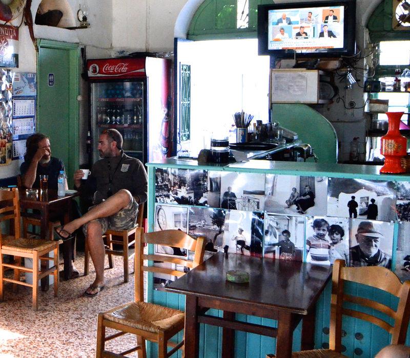 Αστυπάλαια: Καφενεία
