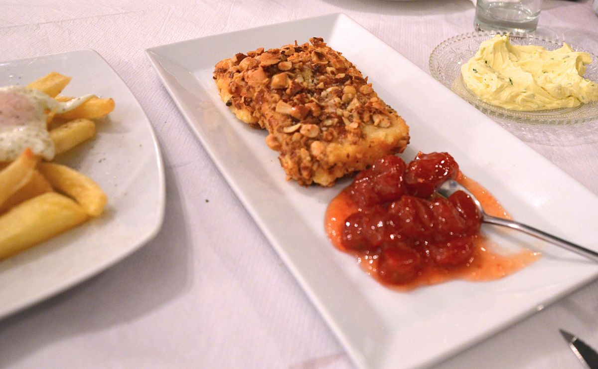 28fd038b2aa Εστιατόριο Αποστόλης - Νάξος - Greek Gastronomy Guide