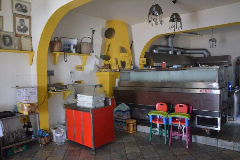 Οινοπαντοπωλείο Μέλισσα (του Μαύρου) - Κουφονήσια