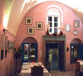 Εστιατόριο Κουκούμαβλος - Σαντορίνη - Greek Gastronomy Guide
