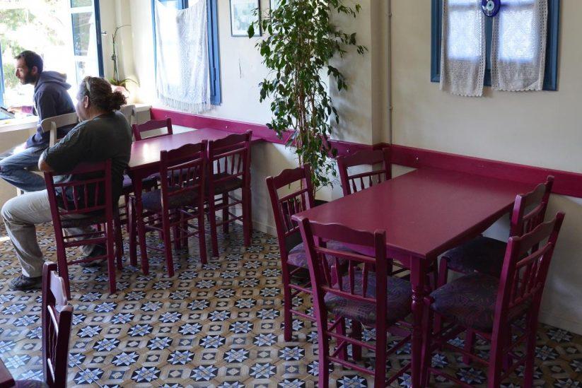Καφενείο το Καντούνι (της κυρα Βούλας) - Σαντορίνη