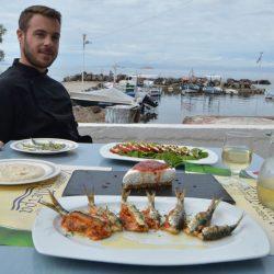 Ταβέρνα Καβουρόπετρα - Αίγινα - Greek Gastronomy Guide