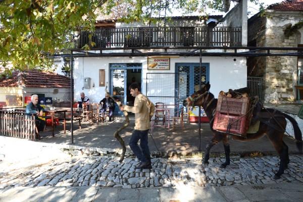 Τα καφενεία της πλατείας του Αγίου Λαυρεντίου