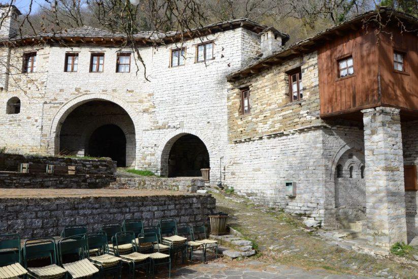 Καφενείο Βικογιατρός - Κουκούλι, Ζαγόρι - Greek Gastronomy Guide