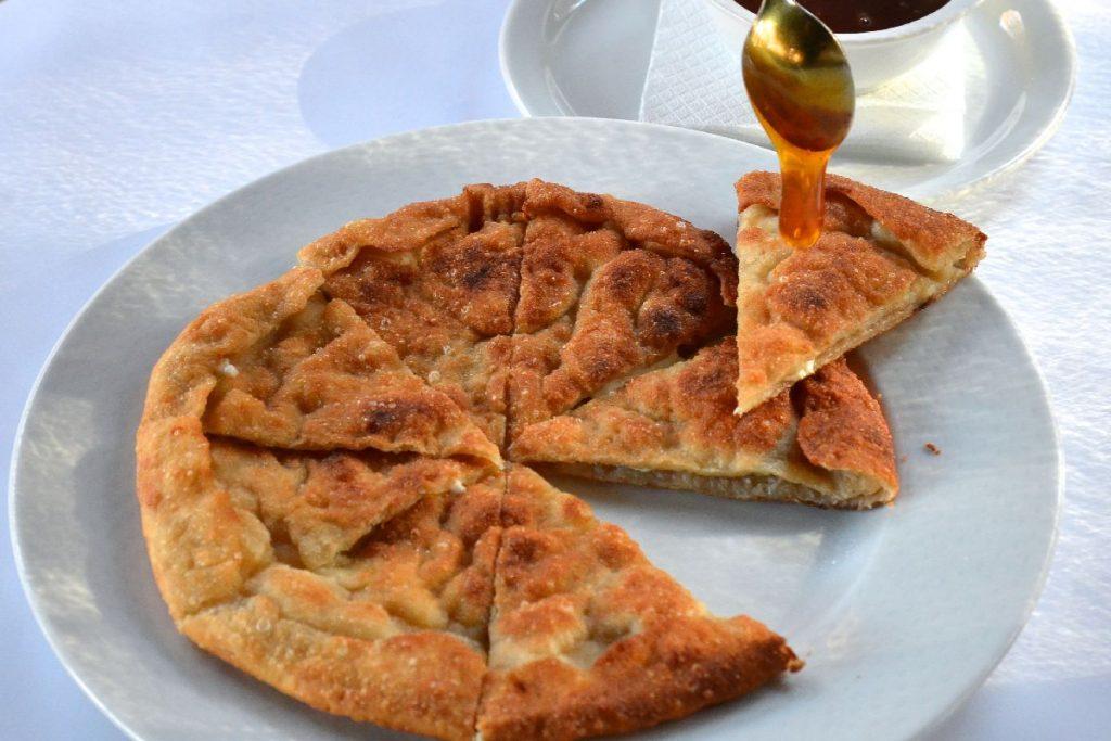τηγανόψωμα - Χαλκιδική - Greek Gastronomy Guide