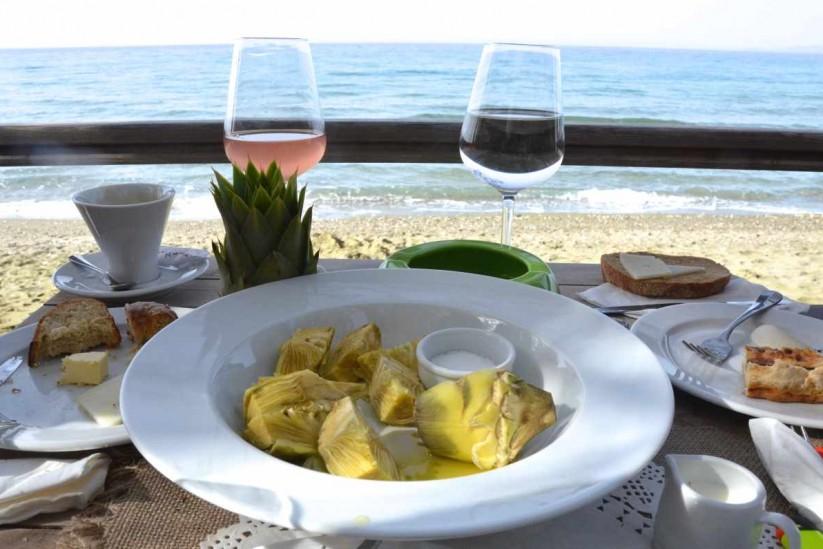 Εστιατόριο η Μαραθιά στην Τήνο