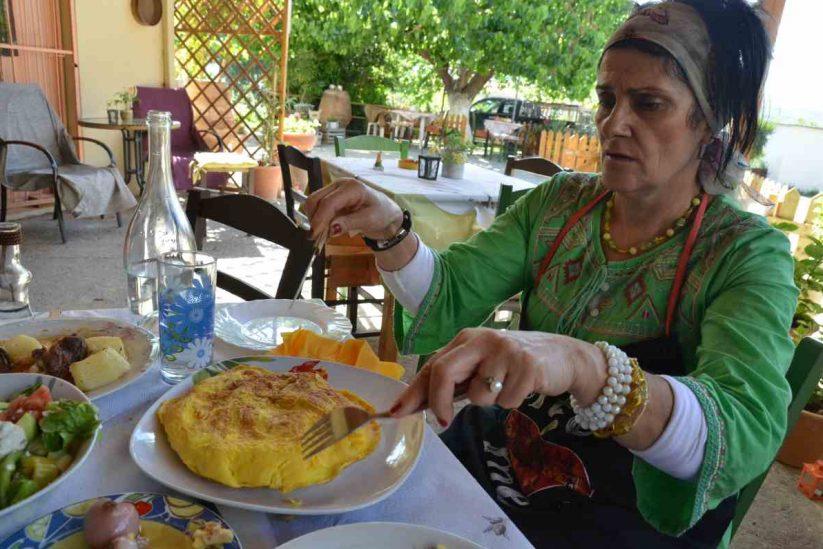 Ταβέρνα Η στροφή της γεύσης, Βυζάρι, Κρήτη