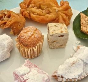 Τσιμπητά και άλλα γλυκά της Τήνου