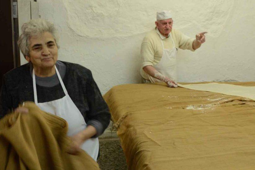 Φύλλο Κρούστας - Γιώργος Χατζηπαράσχος - Ρέθυμνο, Κρήτη - Greek Gastronomy Guide