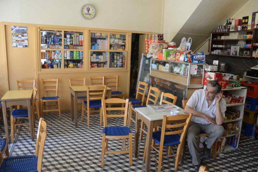 Το καφενείο του Γιάννη Πιτσουλάκη στην Επισκοπή Ηρακλείου