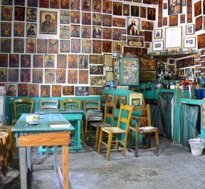 Το καφενείο του Κώστα στον Σίβα Μεσαράς στην Κρήτη