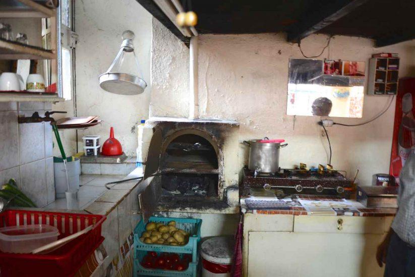 Το καφενείο - ραφείο του Γιώργη Αυγενάκη στο Σπήλι Ρεθύμνου