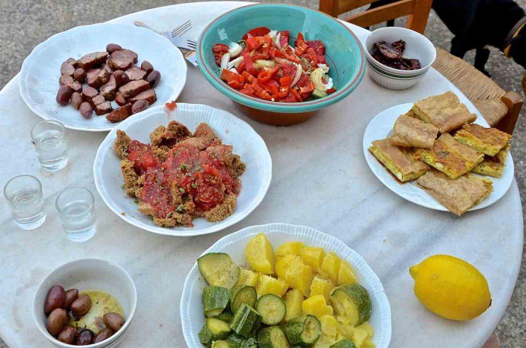 Οι 10 καλύτερες ταβέρνες της Κρήτης - Greek Gastronomy Guide