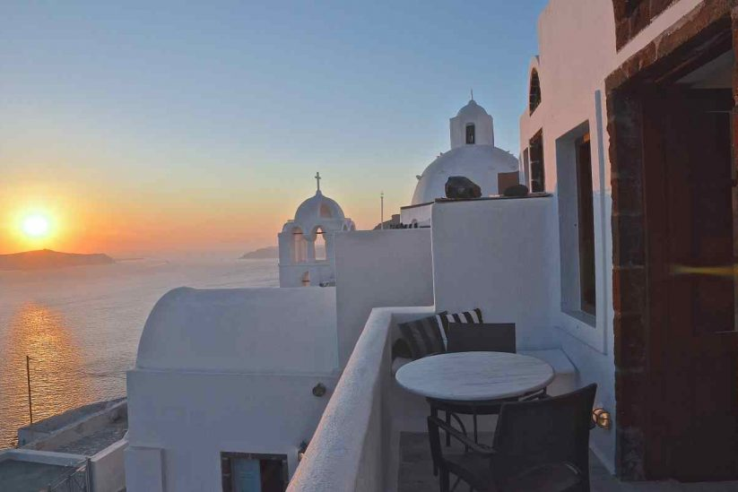 Aigialos Niche Residences & Suites Σαντορίνη - Greek Gastronomy Guide