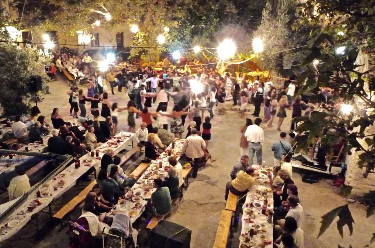 Πανηγύρια Ικαρίας - Ικαριώτικος χορός - Greek Gastronomy Guide