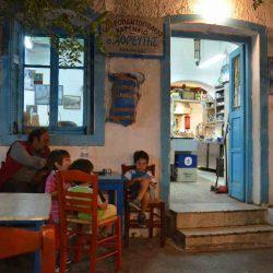 Καφενείο Χορευτής - Θολάρια, Αμοργός - Greek Gastronomy Guide