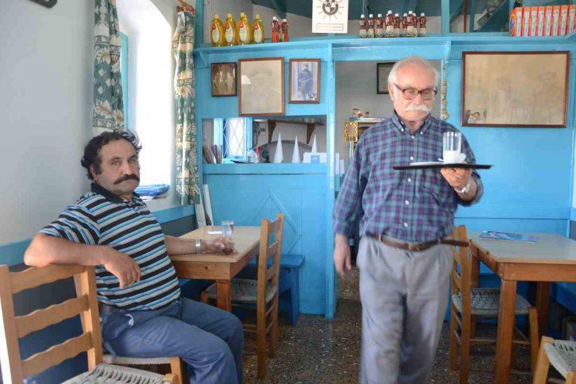 Το καφενείο του Μάκη - Αρκεσίνη, Αμοργός - Greek Gastronomy Guide