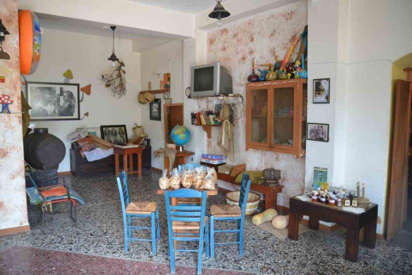 Ταβέρνα - Καφενείο Στου Πασχαλιά - Ικαρία - Greek Gastronomy Guide