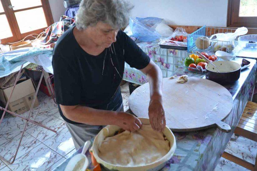Χορτόπιτα Ικαρίας - Μαρία Φραντζέσκου - Greek Gastronomy Guide
