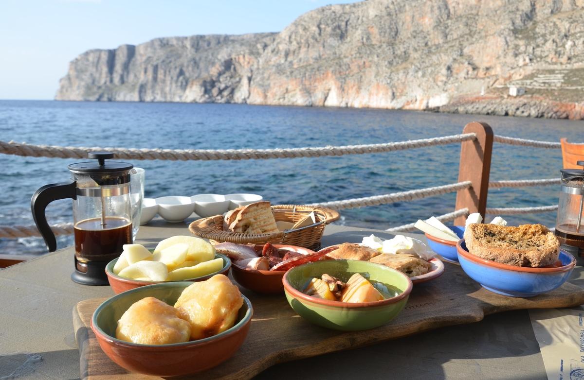 To Ελληνικό Πρωινό του Κυρίμαι - Γερολιμένας - Greek Gastronomy Guide