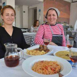 Ταβέρνα Ρόζα - Βουρβούλος, Σαντορίνη - Greek Gastronomy Guide
