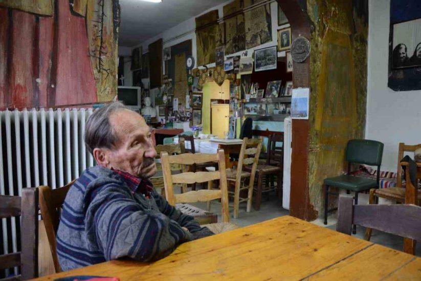 Το καφενείο του Μπέη στη Λάγια της Μάνης - Greek Gastronomy Guide