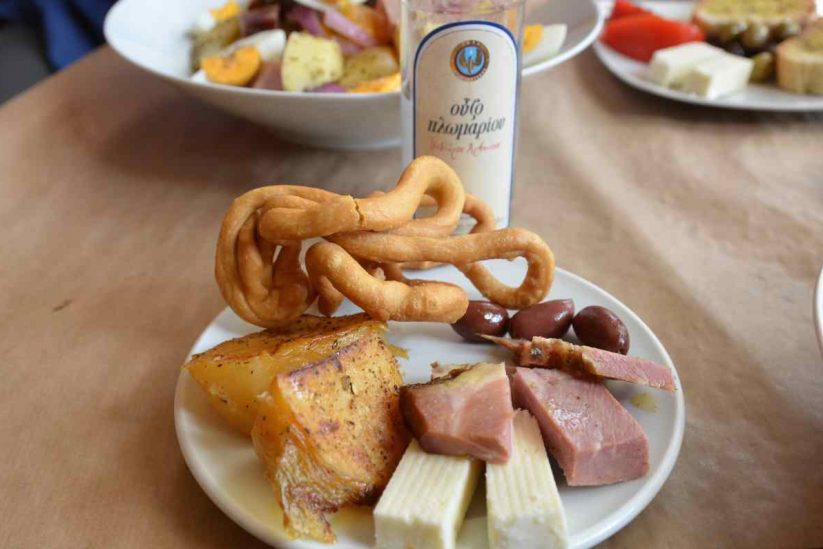 Λαλάγγια - Τηγανίτες Μάνης - Μεζεδοπωλείο Στο Κύμα - Ανδρέας Ζαγάκος - Καλαμάτα - Greek Gastronomy Guide