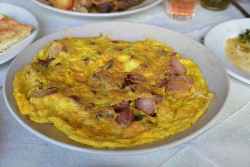 Σύγκλινο και λουκάνικα Μεσσηνίας - Greek Gastronomy Guide