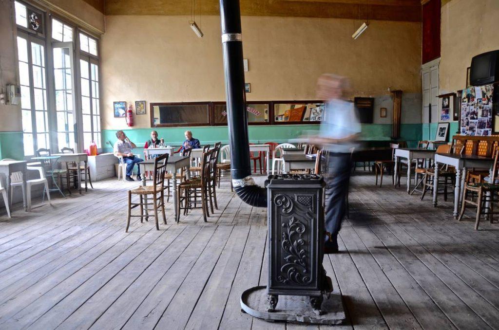 καφενείο Πανελλήνιον στην Άμφισσα