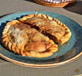Κοζούνι - Μανιάτικη πίτα - Μάνη, Λακωνία - Greek Gastronomy Guide