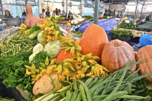 Λαϊκή αγορά της Άρτας - Greek Gastronomy Guide