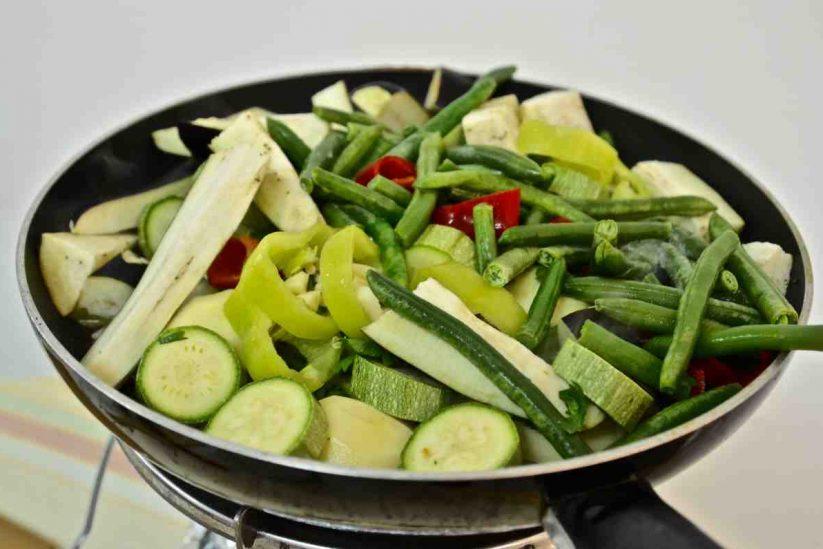Toυρλού ή μπριάμ - Λαχανικά στο τηγάνι - Greek Gastronomy Guide