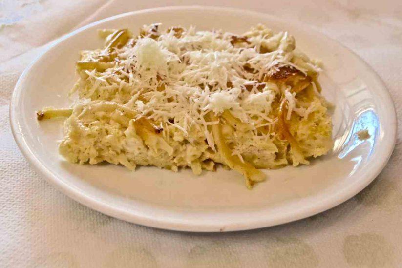 Μακαρονόπιτα - Συνταγή - Αιγιάλεια - Greek Gastronomy Guide