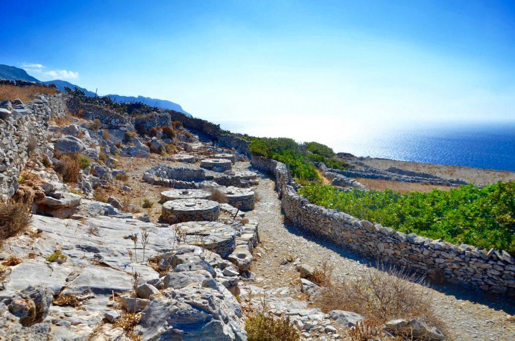 Οδοιπορικό στην Αμοργό - Authentic Big Blue - Greek Gastronomy Guide