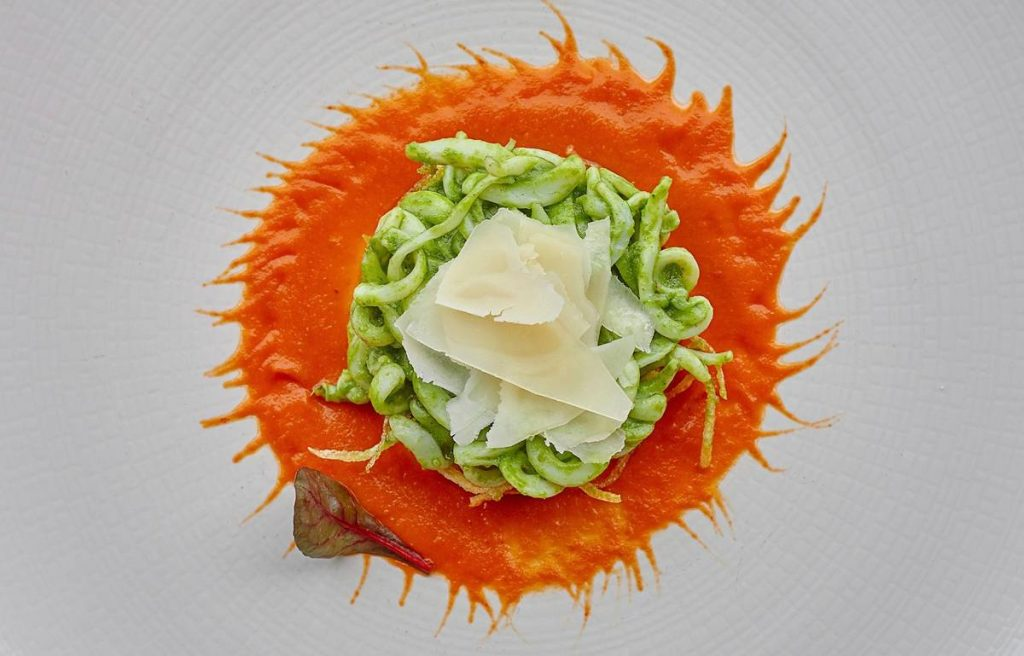 Λευτέρης Λαζάρου - Το παιδί του Πειραιά με το αστέρι Michelin - Greek Gastronomy Guide