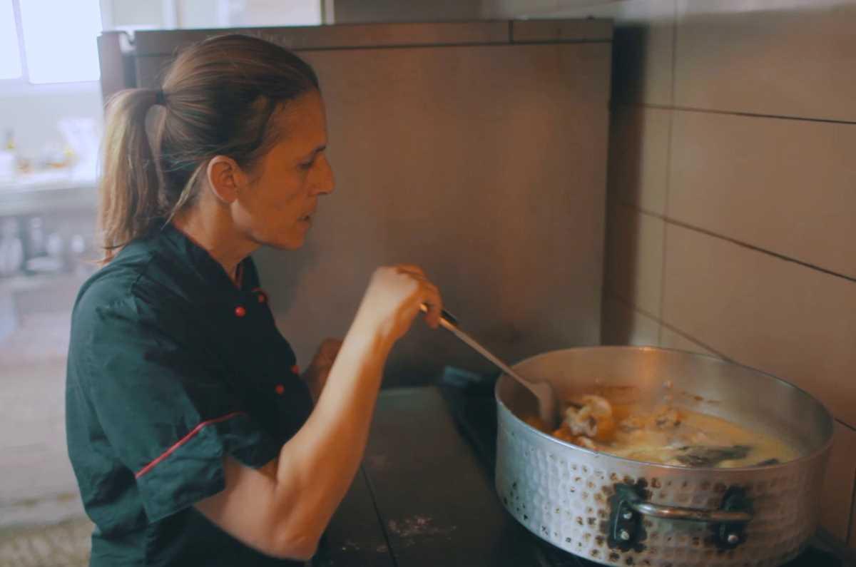 """Εστιατόριο """"Μελτέμι"""" στα Διγελιώτικα Αιγίου (βίντεο) - Greek Gastronomy Guide"""