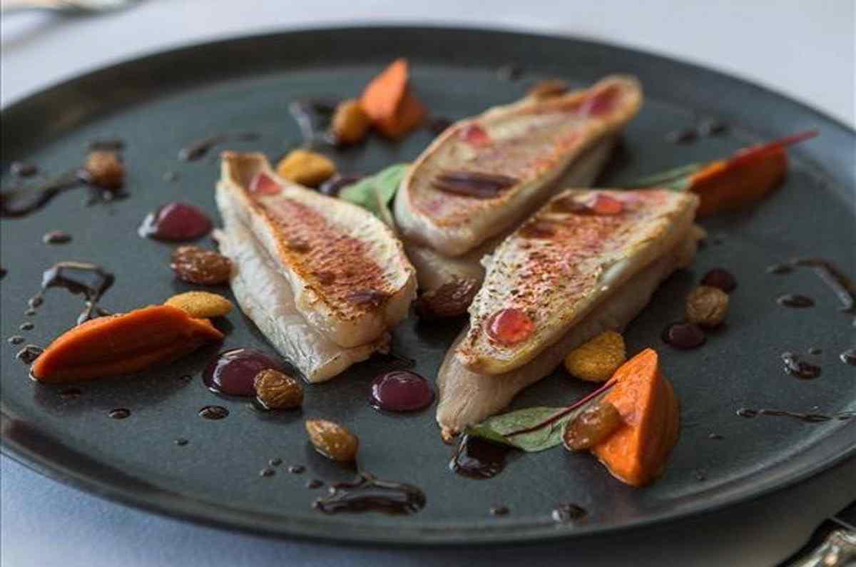 Μανώλης Γαρνέλης - ο άξιος ανανεωτής της κουζίνας του Βασίλαινα - Greek Gastronomy Guide
