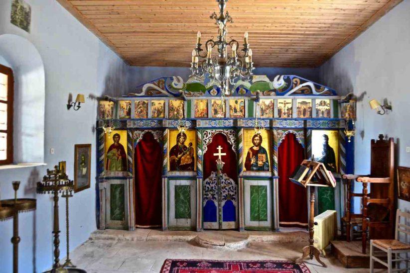 Semantron Traditional Village - Αίγιο - Greek Gastronomy Guide
