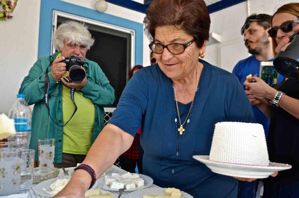 Τυροκομείο Χαραλαμπάκης - Μήλος - Greek Gastronomy Guide