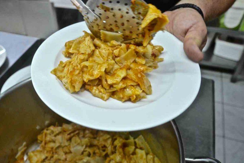 Γαστρονομία Μήλου - Μηλέικη κουζίνα - Greek Gastronomy Guide