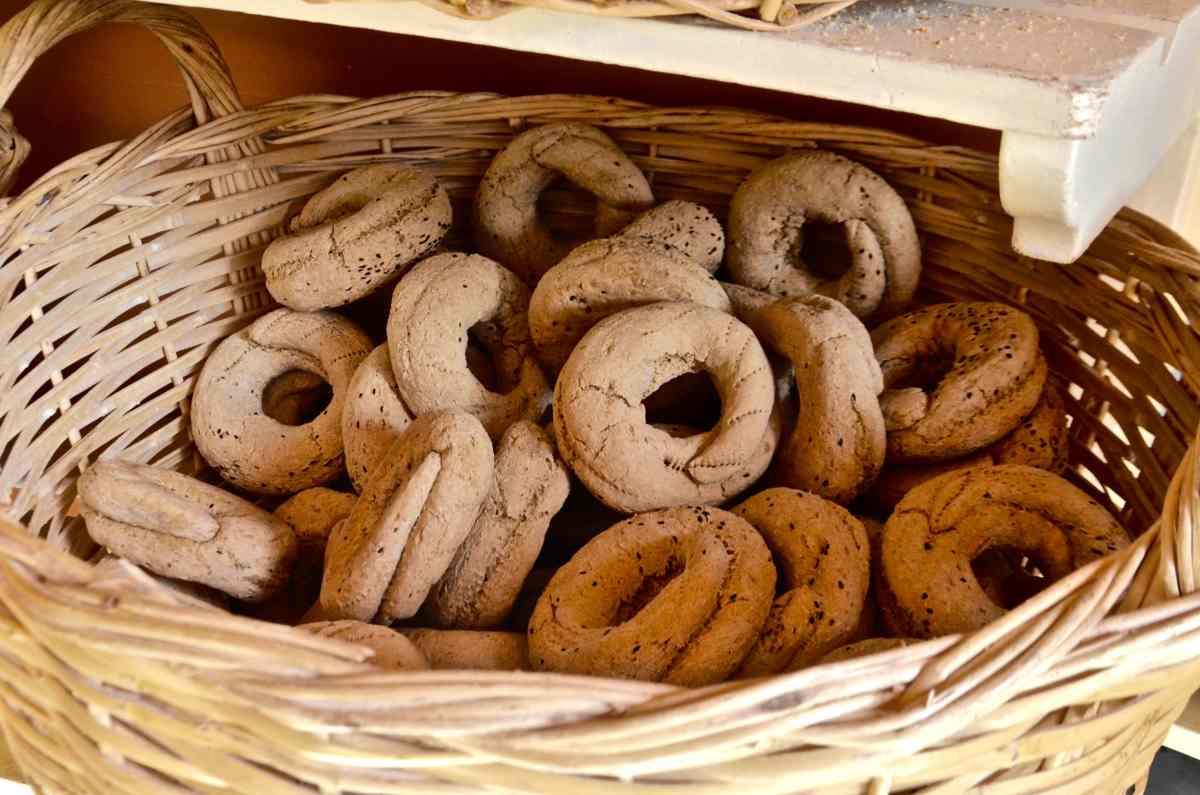 Παξιμάδια - Κάλυμνος: Γαστρονομικός Προορισμός - Greek Gastronomy Guide