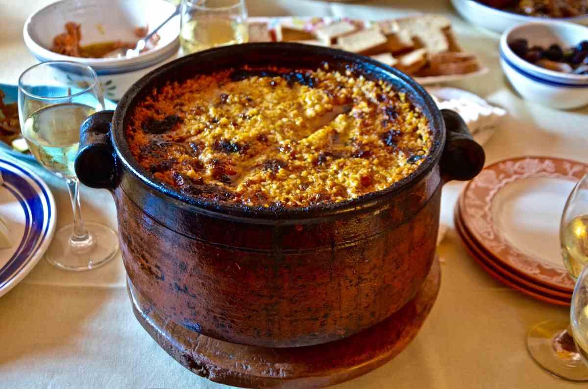 Η λακάνη, το παραδοσιακό φαγητό της Ρόδου από τους Μαυρίκους! - Εστιατόριο Μαυρίκος - Λίνδος, Ρόδος - Greek Gastronomy Guide