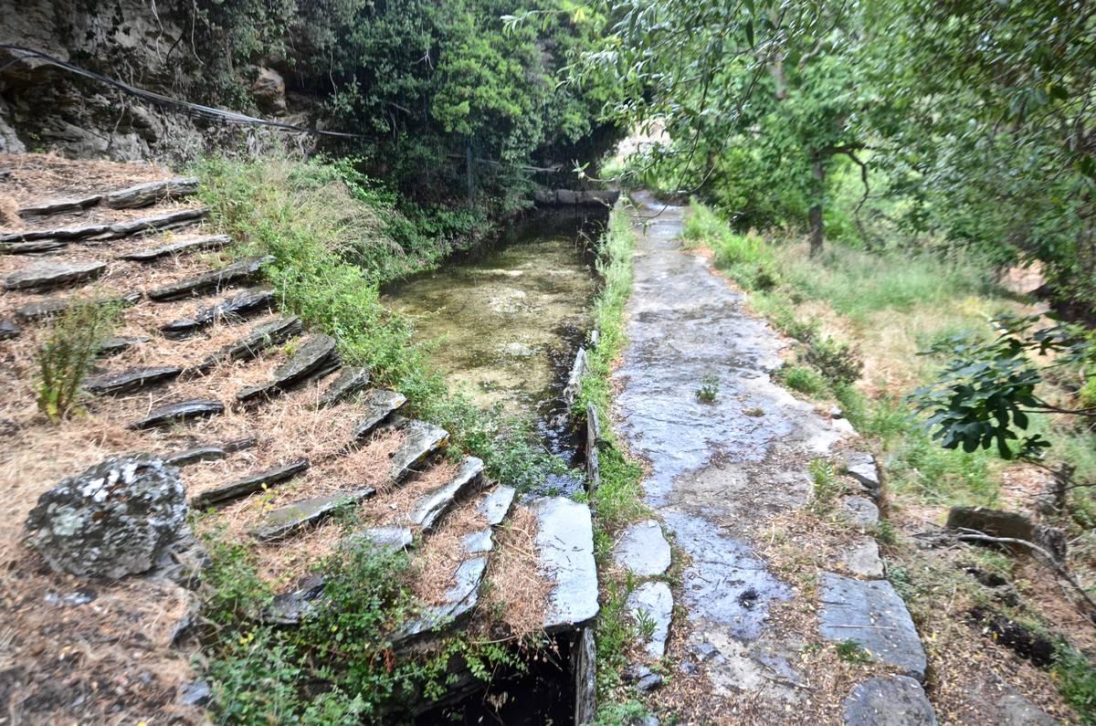Ψάχνοντας τον Παράδεισο στο Κόρθι και προκαλώντας την βροχή - Greek Gastronomy Guide