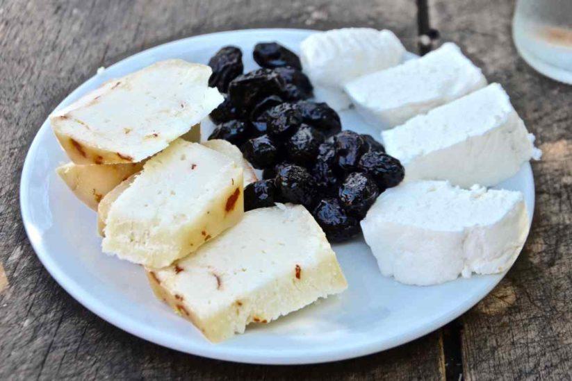 Το στέκι του Κρητικού στο κάστρο της Κρητηνίας - Ρόδος - Greek Gastronomy Guide