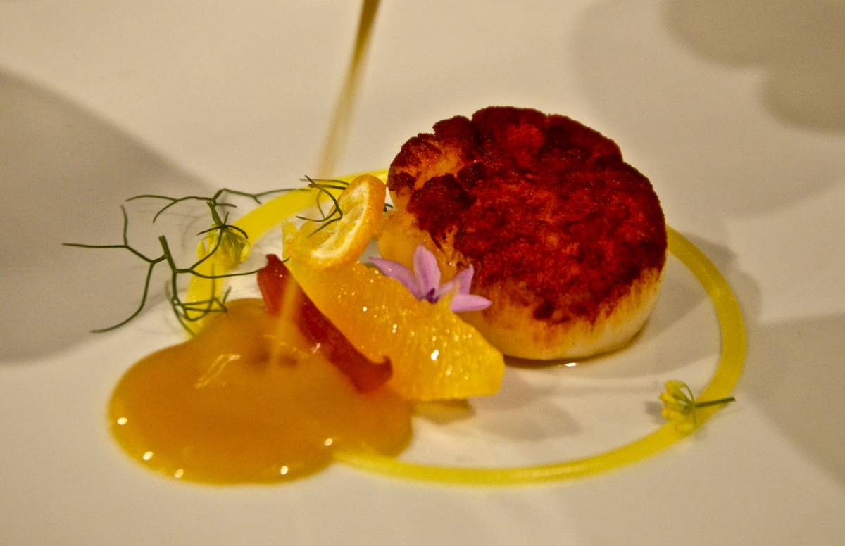Χάρης Νικολούζος, ένας προικισμένος Κερκυραίος σεφ ταράζει τα νερά της Πάρου με το Bianco - Greek Gastronomy Guide